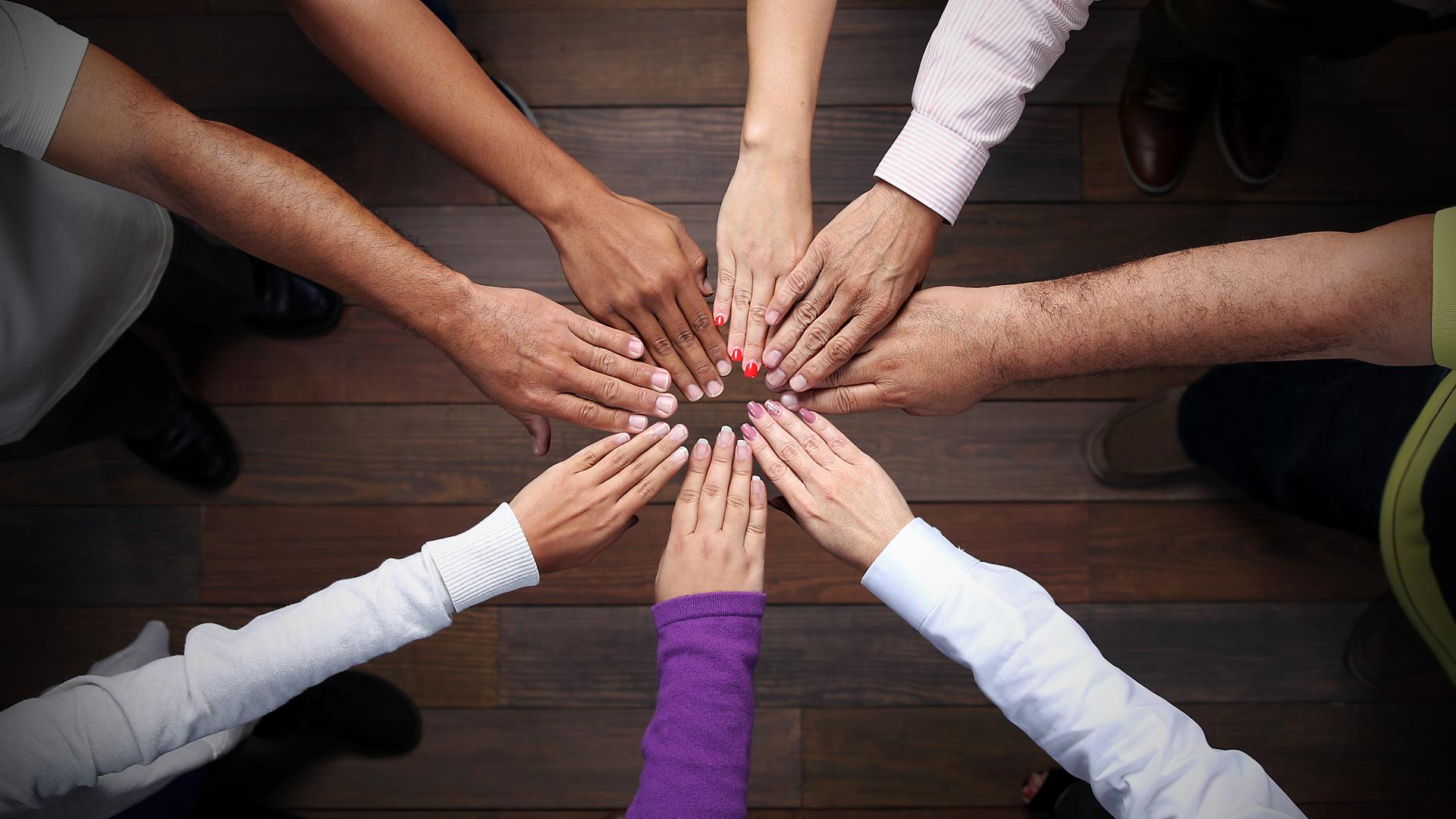 Autogestión, desarrollo social y desarrollo comunitario