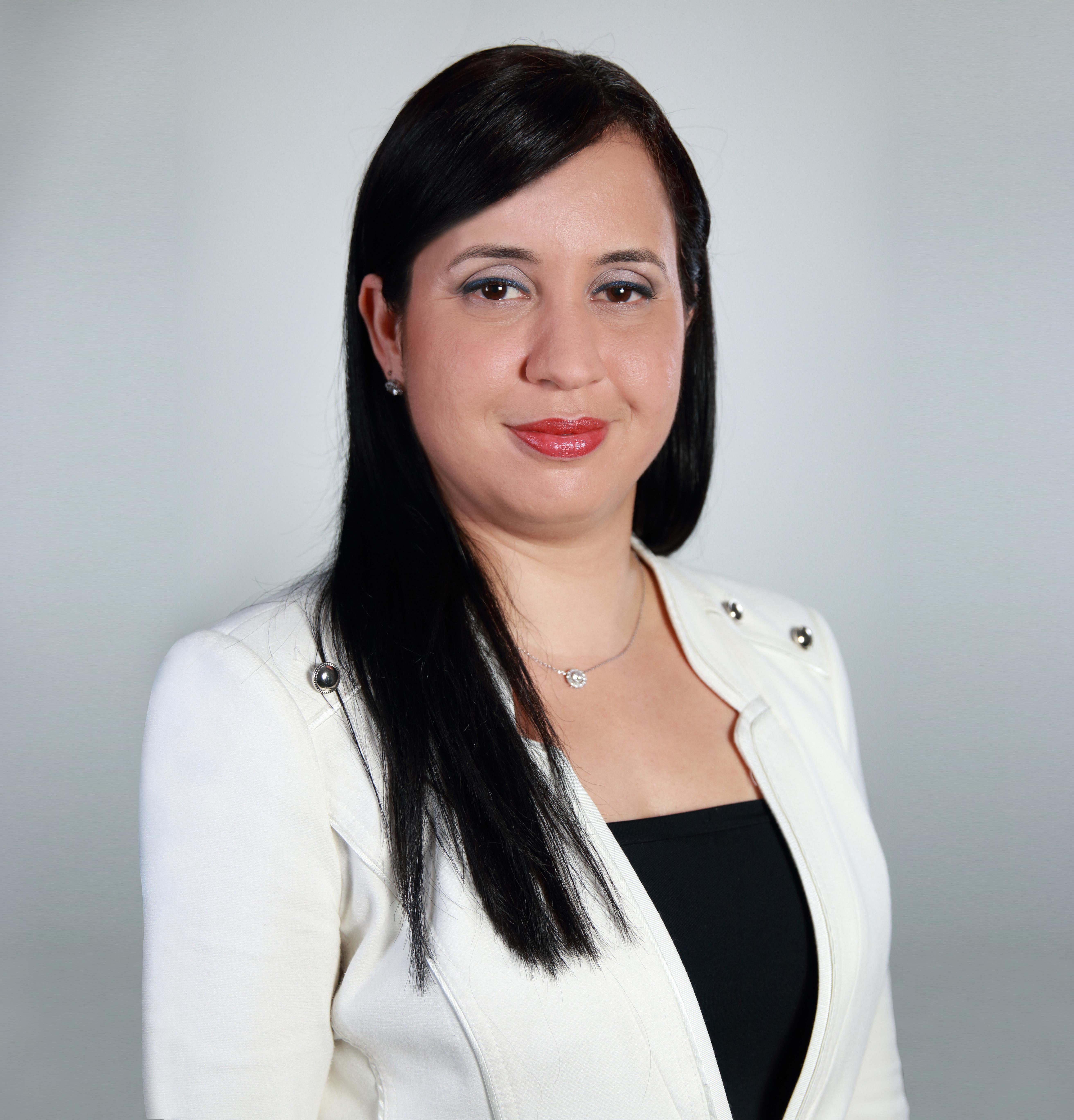 Lcda. Anitza María  Cox-Marrero